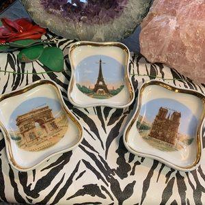 Set of 3 small Limoges Souvenir de Paris Trays